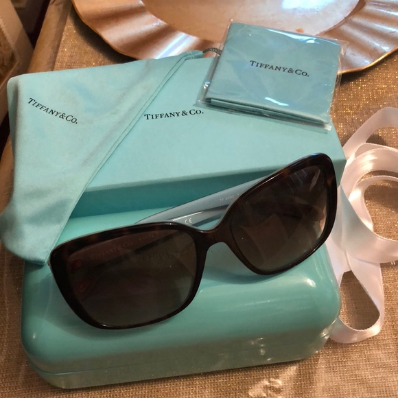 60f190748b7 Authentic Tiffany   company sunglasses.